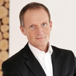 Prof. Dr. Martin Przewloka Portrait